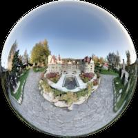 Zamek w Mosznej jest jedną z największych atrakcji Opolszczyzny i jednym z najciekawszych zamków w Polsce. Swoją sławę zawdzięcza bajkowemu wyglądowi - ma 365 pomieszczeń, 99 wież i wieżyczek.