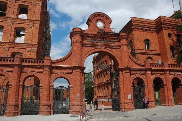 Fabryka Izraela Kalmanowicza Poznańskiego, brama główna od ul. Ogrodowej, dziś CH Manufaktura