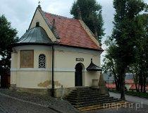 Kalwaria Zebrzydowska. Kaplica św. Rafała stojąca przed Bazyliką (fot. Piotr Wojtaszek)