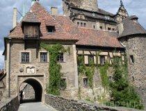 Leśna. Zamek Czocha. Widok na bramę wejściową do zamku (fot. Piotr Wojtaszek)