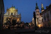 Kraków. Elewacje kościoła pw. Świętych Apostołów Piotra i Pwała, oraz kościoła pw. św. Andrzeja przy ulicy Grodzkiej