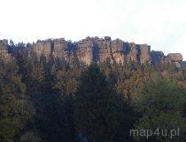 Park Narodowy Gór Stołowych. Widok na Szczeliniec Wielki od strony Karłowa (fot. Piotr Wojtaszek)