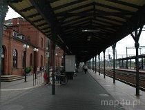 Skierniewice. Dworzec kolejowy. Widok na perony. (fot. Dominika Pusta.)
