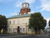 Wieluń. Brama Krakowska - obecnie budynek ratusza miejskiego. (fot. Łukasz Musiaka)